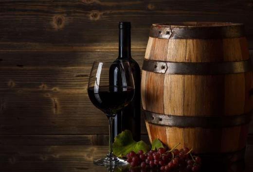 红酒的桶中陈年和瓶中陈年区别在此处!