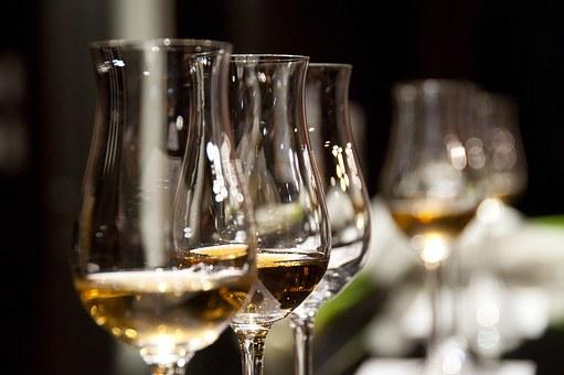 过年送礼要送葡萄酒,原因是?