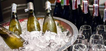 美酒生活需要如何冰镇葡萄酒?