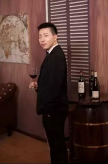 赣州、南昌、武汉、长沙,从东往西1083.18公里 | 葡萄美酒那么醉人,一定要去喝喝看