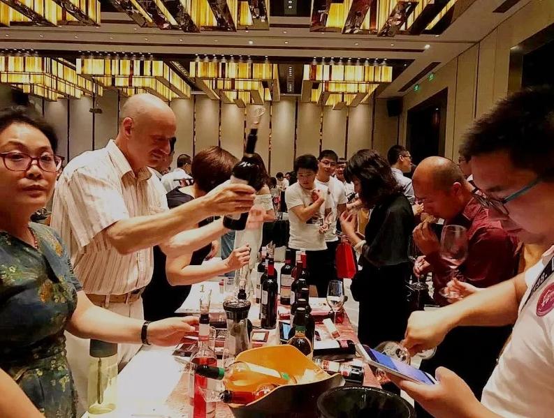 抵达科通巡展北京站| 圆梦六朝古都,酒有了,远方还远吗