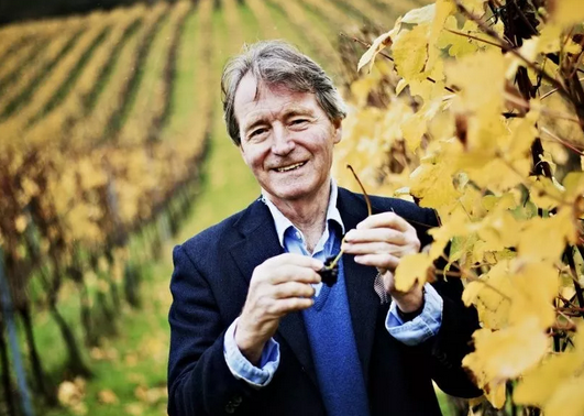 英国葡萄酒作家Steven Spurrier将推出首款英国克雷芒酒