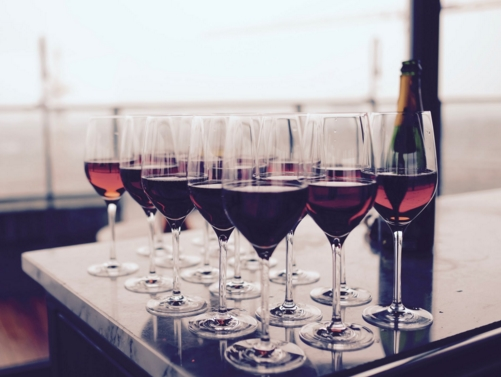 葡萄酒年份越久越好吗?这些酒只适合马上喝