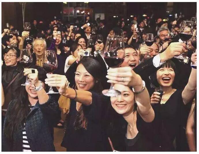 香港贸发局发布内地葡萄酒消费大数据:购买频率上升比例最高的城市竟然是这座!
