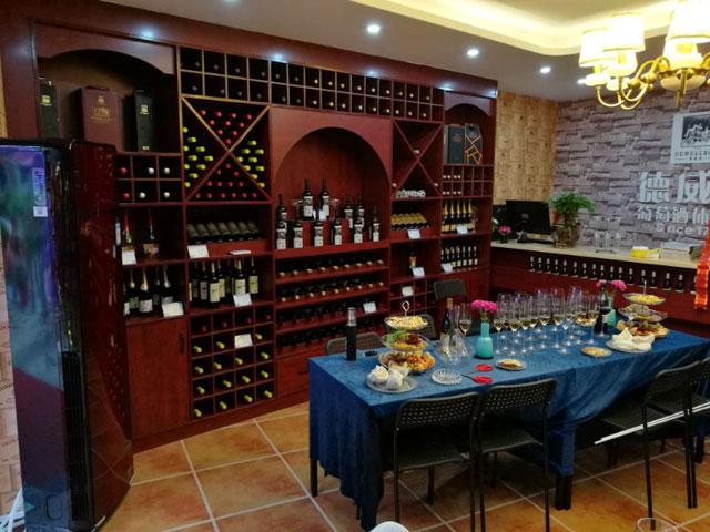 德威堡加盟代理商风采|彭梦萍:口味葡萄酒,更倾向于志同道合的人和圈子