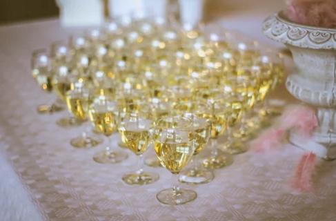 过量喝酒的危害这么多 你还敢多喝吗?