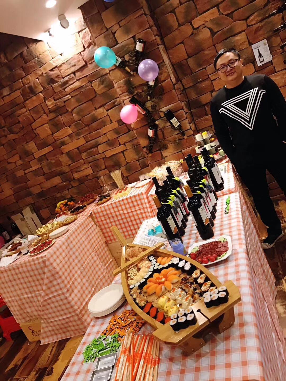 凯隆酒业代理商风采|恭祝金中酒业两周年庆典生意兴隆!