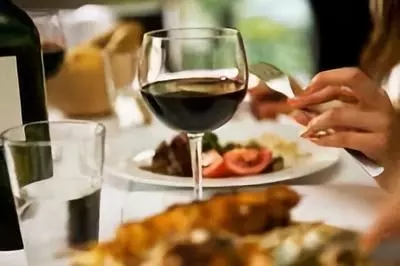 Andrew Caillard MW:一款葡萄酒能获得大赛或评委认可,匹配消费者就更容易