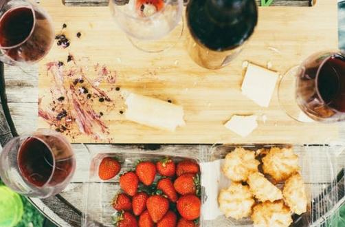 什么酒的卡路里最低?原来葡萄酒不是最低的