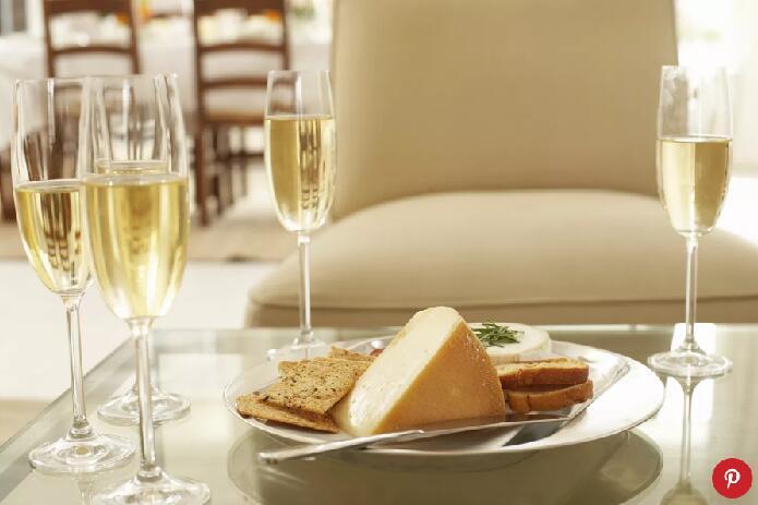 伦敦最佳奶酪和葡萄酒餐厅 7个伦敦品尝葡萄酒的最佳场所