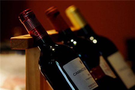 葡萄酒代理商如何为店铺选择合适的经营地方?
