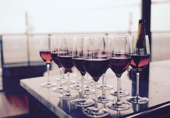 如何为你的婚礼准备葡萄酒