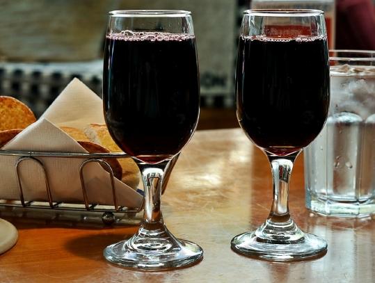 你需要饮用多少葡萄酒才能获得足够的白藜芦醇?