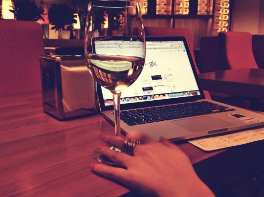 怎样在网上买一瓶好的红酒?