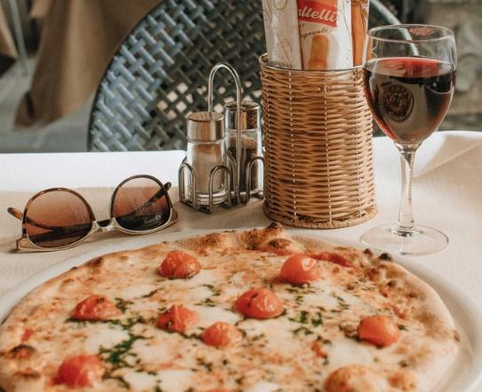 赤霞珠葡萄酒搭配什么食物最好?