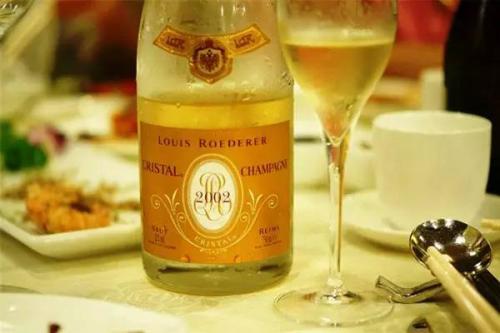 路易王妃酒庄将推出两款静态葡萄酒