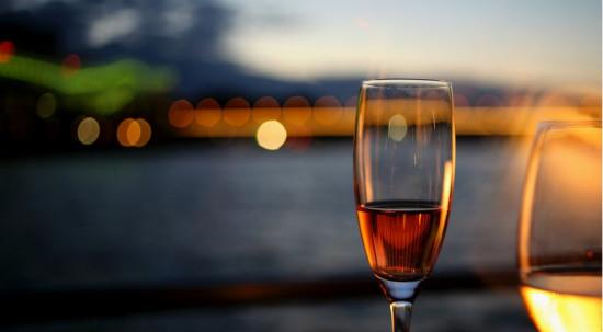 葡萄酒历史上比较悠远绵长的时光。