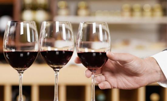 自制的葡萄酒里为什么会含有甲醇呢?