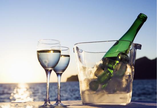 白葡萄酒是最适合搭配龙虾的吗?