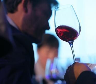 对外财经人才高级财经英语培训班举办张裕葡萄酒专题培训课程