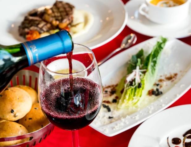 食物和葡萄酒配对用餐的基本指南