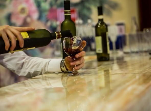 日常喝葡萄酒习惯对身体的影响