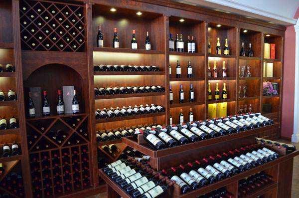 红酒加盟代理商可以利用以下这些途径进行品牌推广