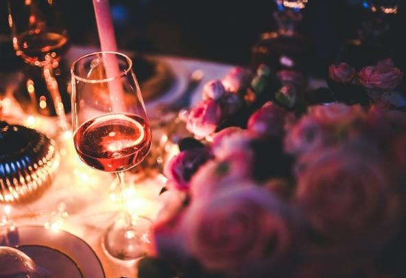 情人节15种浪漫的食物和葡萄酒搭配