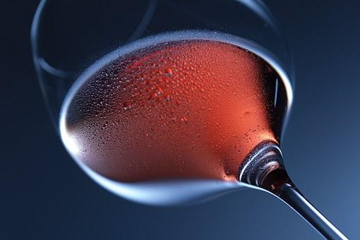在电影中喝葡萄酒是一种怎样的感受呢?