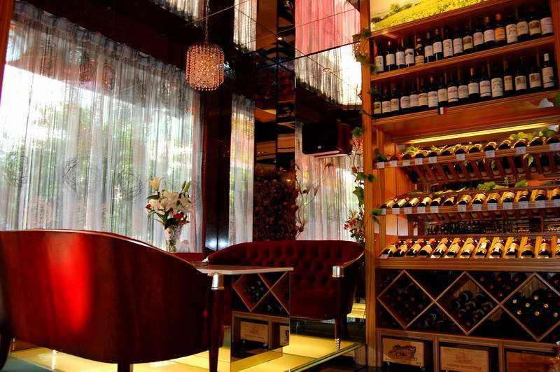 红酒加盟店怎样提高知名度?