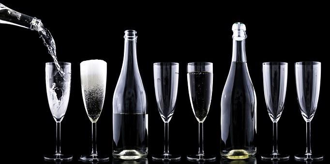 大家知道最昂贵的三种葡萄酒是什么样子的吗?