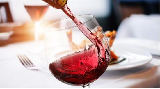 加入红酒品牌代理加盟行业, 不要忽视以下的行业问题!