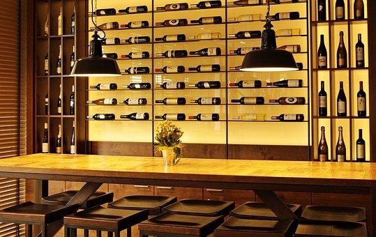 各位知道葡萄酒应该怎样来储存吗?