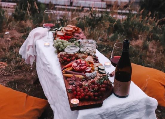 经典的葡萄酒和食物搭配