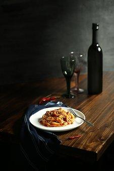 关于葡萄酒一些好处功效,到底有着哪些呢?