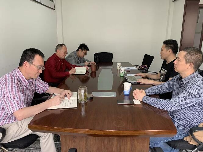 四川省葡萄酒与果酒行业协会拜访四川省食品发酵工业研究设计院