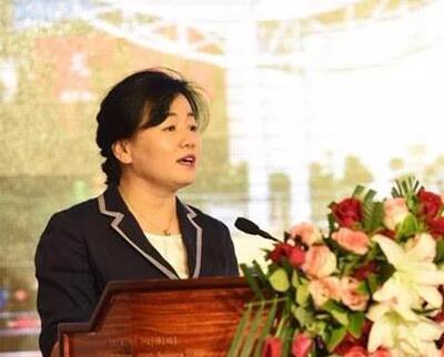 中国乌海世界沙漠葡萄酒节新闻发布会日前在北京举行