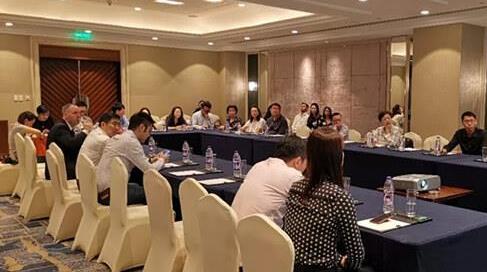 第四届香槟进口商座谈会日前在上海举办