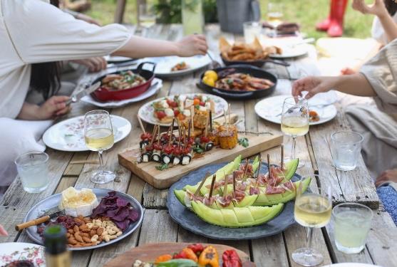 2019年美国的15个夏季食品和葡萄酒节