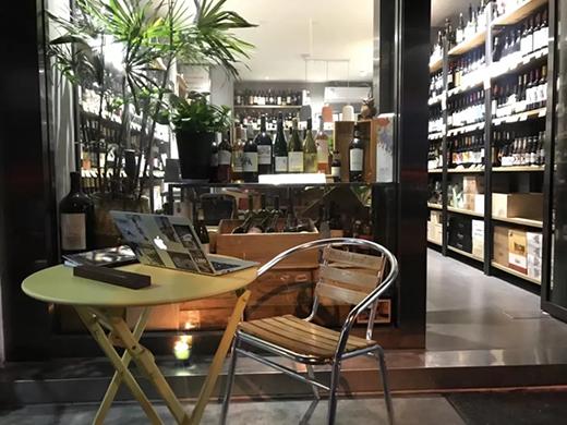 夏天卖白葡萄酒,有助于提升夏季葡萄酒销售量