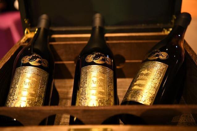 阿豹氏·臻金葡萄酒上市 | 搬酒网再推爆款葡萄酒