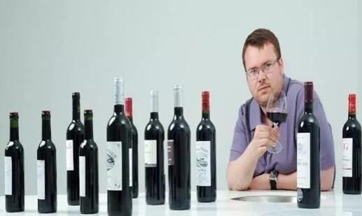 飞行酿酒大师托马斯·杜罗到访怀来沙城产区