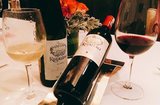 红酒配什么蔬菜比较配?