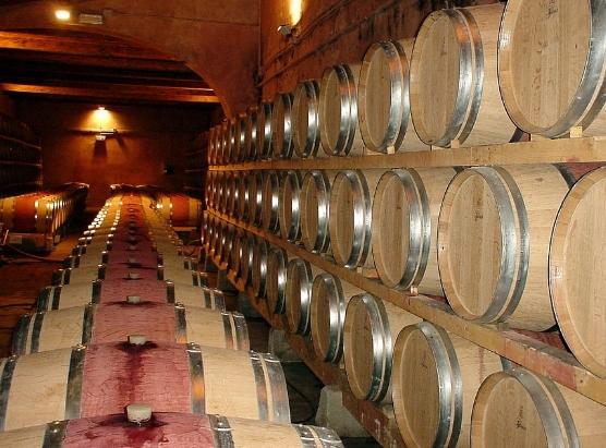 葡萄酒酿造一般需要多长时间?