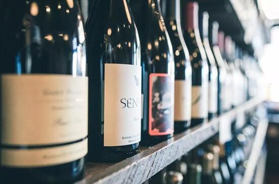 爱杯一站式体验场景帮助传统酒商门店破局葡萄酒新零售