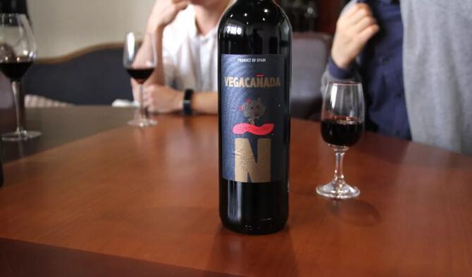 为选中秋礼,葡萄酒小白表示,我太难了!