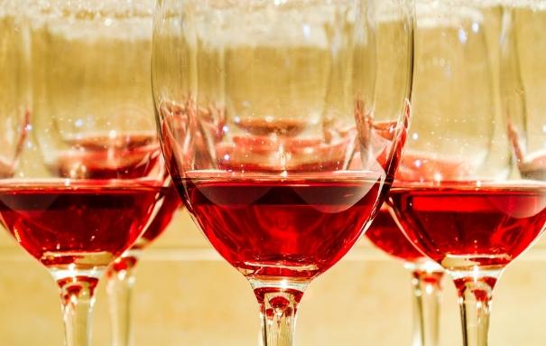 寻找波尔多葡萄酒的价值