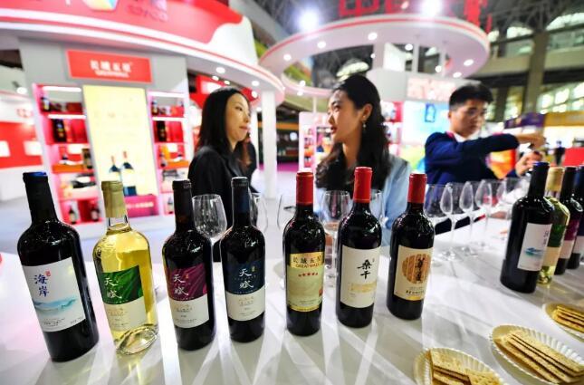 """全球瞩目的""""一带一路"""",吸引2019国际葡萄酒大赛花落银川"""