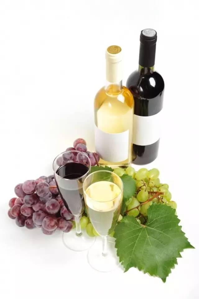 品尝法国葡萄酒,这样做会给好喝。