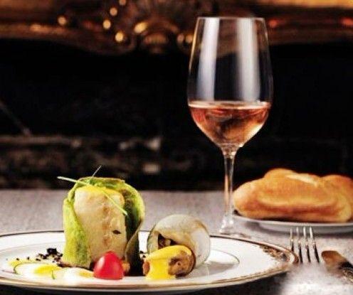 选择酸度葡萄酒,配菜有讲究